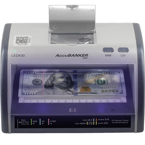 1-AccuBANKER LED430 tester bankoviek